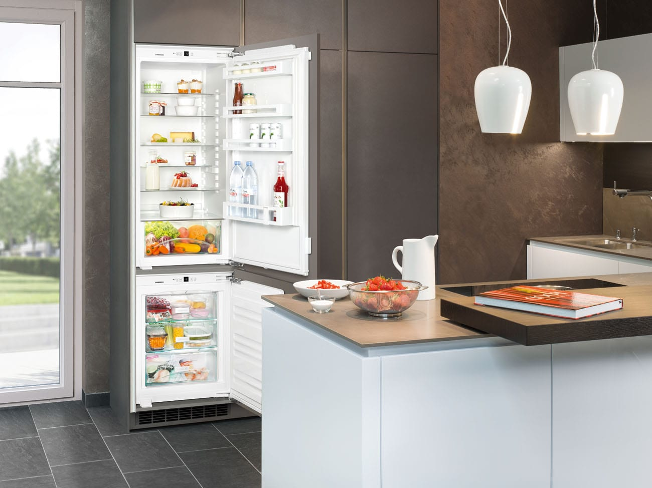 Встраиваемый холодильник