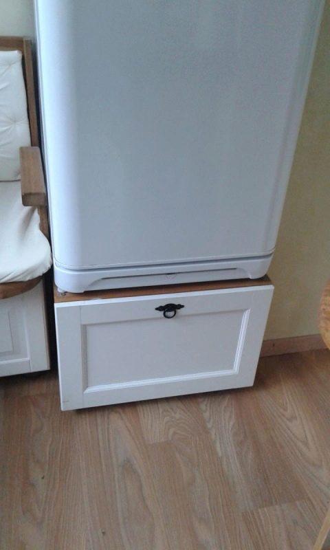 Ящик под холодильник