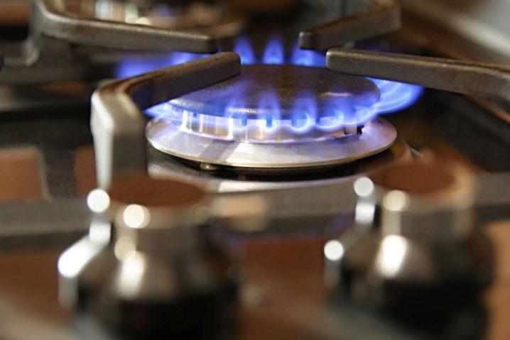 Как зажечь плиту?