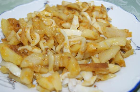 Кальмары с картошкой